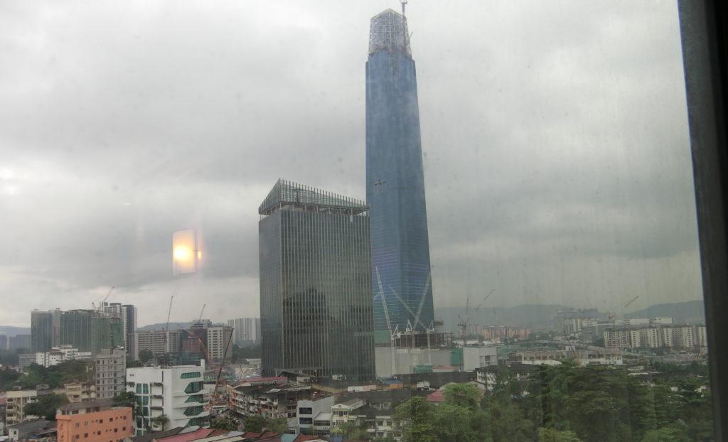 クアラルンプールに建設中の高層ビル