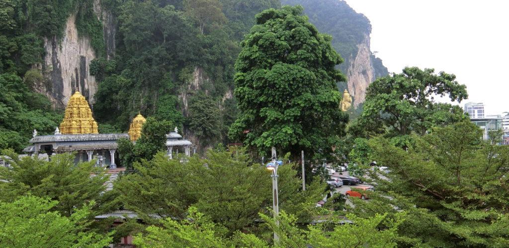 バトゥ洞窟駅から眺望