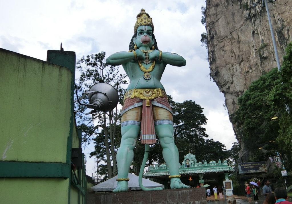 バトゥ洞窟の銅像