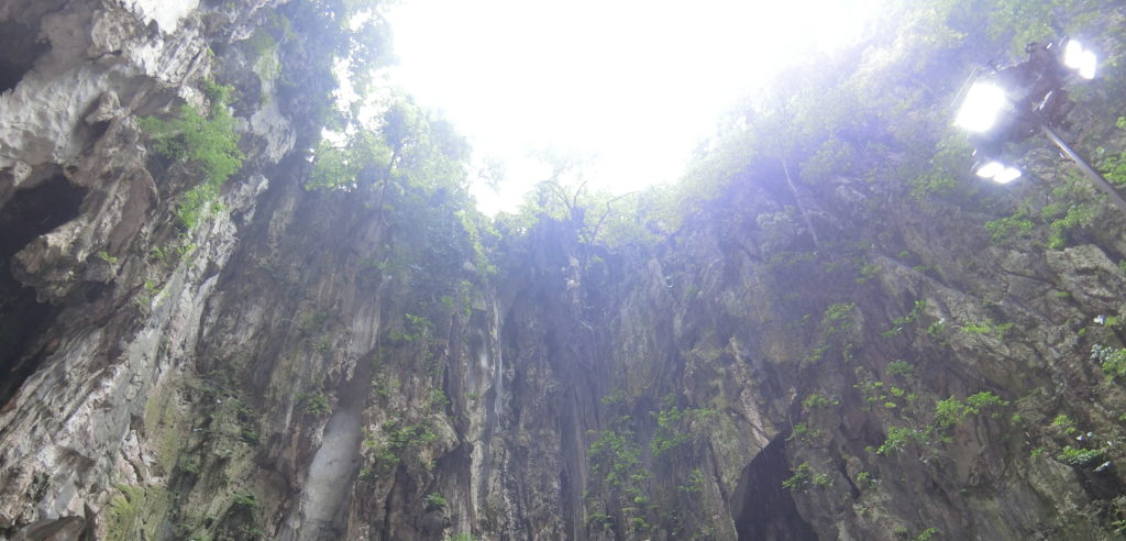 バトゥ洞窟億
