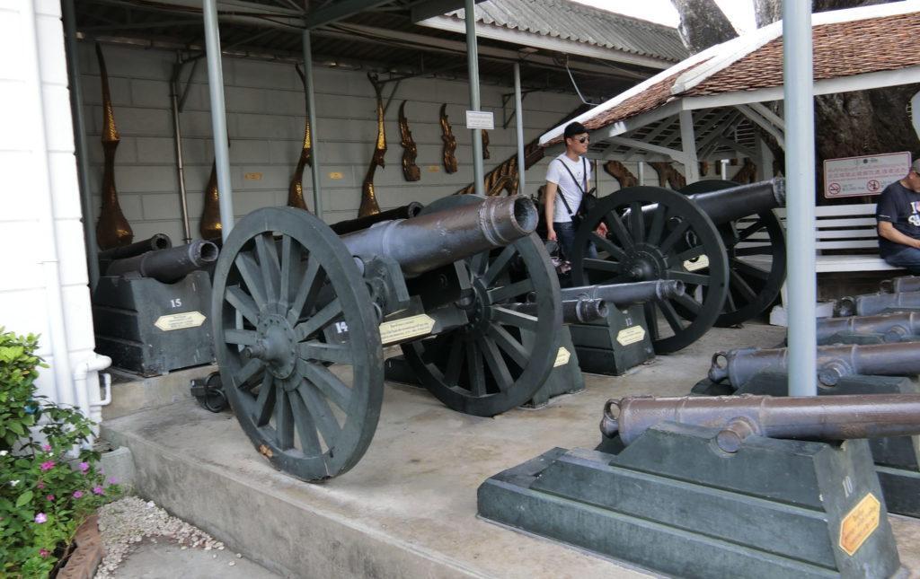 タイ王宮の大砲ゾーン