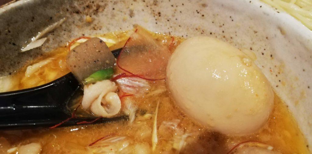 ぱんどら(佐倉)の豚ばらつけ麺味噌の具材(トッピング)